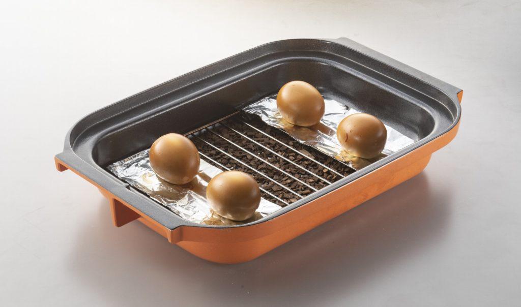 燻製モードでゆで卵を調理